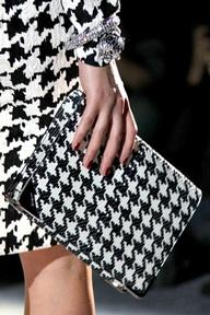 Houndstooth Pattern for Winter Fashion