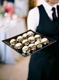 The Biggest Wedding Food Trends