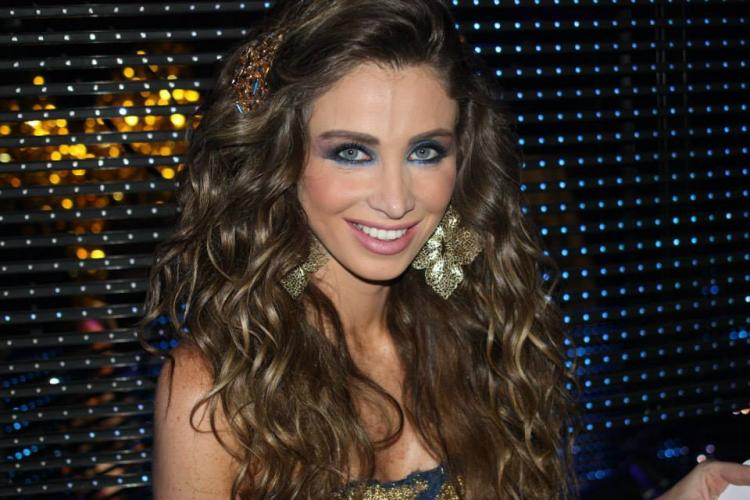 Get Inspired by Annabella Hilal for Your Engagement Look