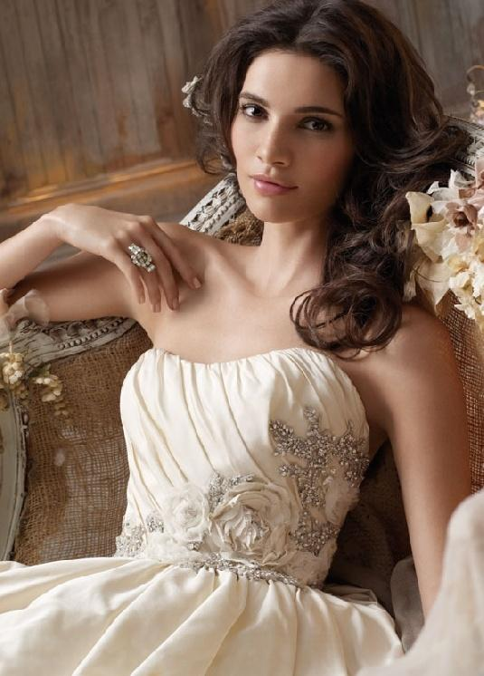 Latest Wedding Dress Color: Ivory