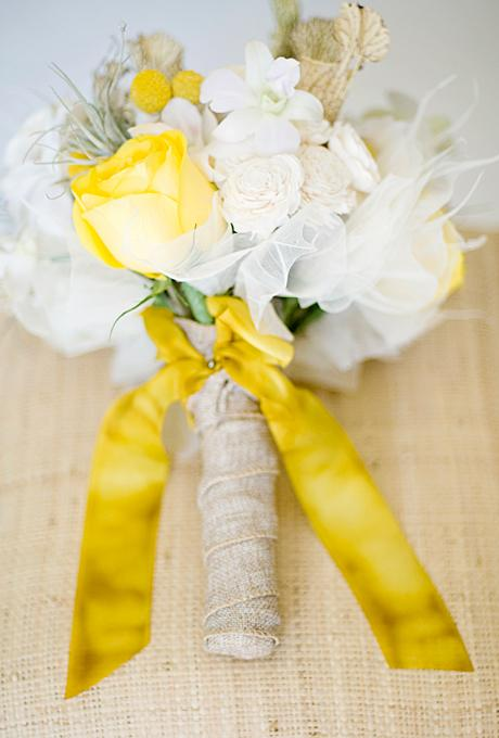 Creative Ideas for Wrapping Your Bridal Bouquet