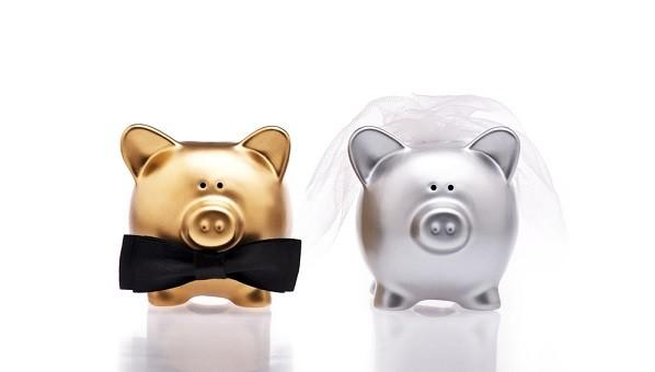 4 Tips to Help You Stick to Your Wedding Budget