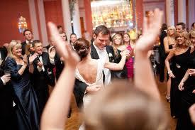 End Your Wedding with a Last Dance
