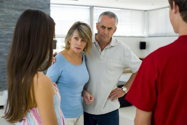 How to Deal with Your Parents If They Don't Approve of Your Marriage