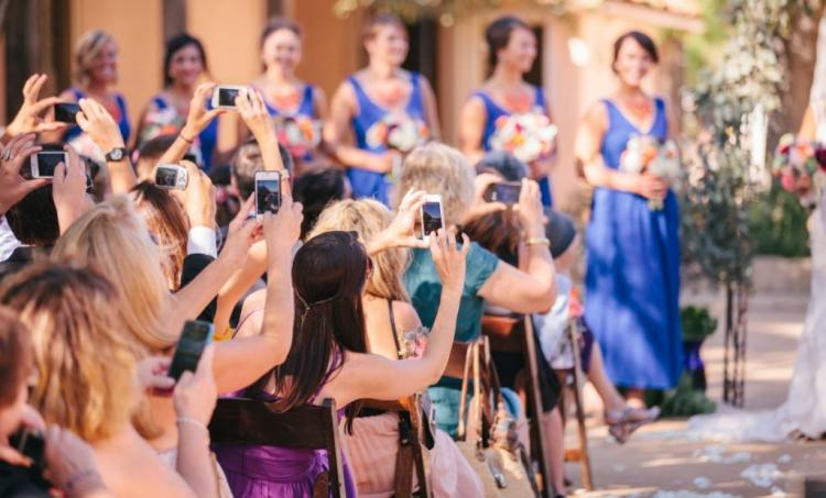3 Tips for Having an Unplugged Wedding