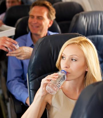 How to Stay Healthy and Fit While Flying for Your Honeymoon