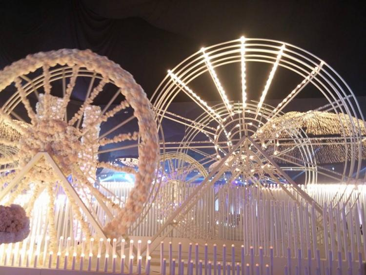 A Ferris Wheel Wedding Theme