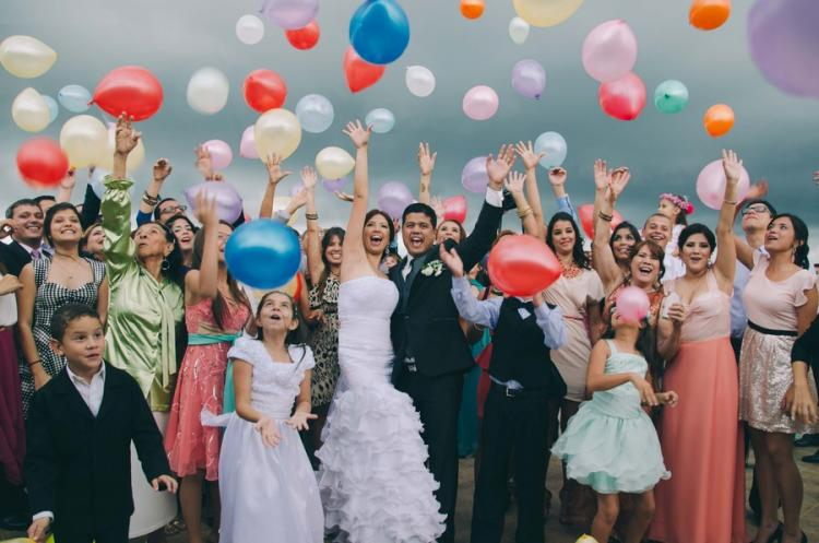 6 Photo Ideas for Your Wedding Party