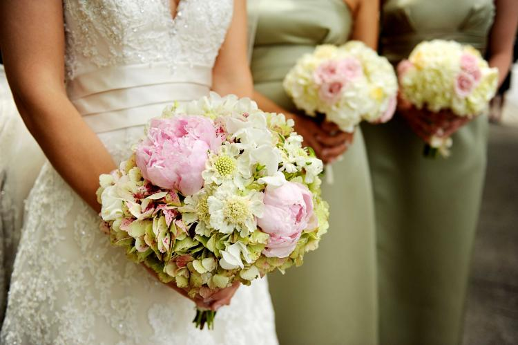 Wedding Flower Tips from The Experts