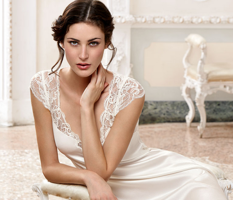 What Lingerie Works Best With Your Wedding Dress Style? (Infograph)
