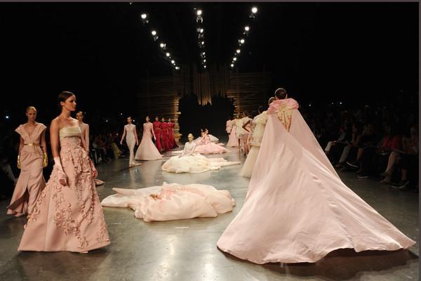 Ezra Fashion Show at Dubai Fashion Forward 2015