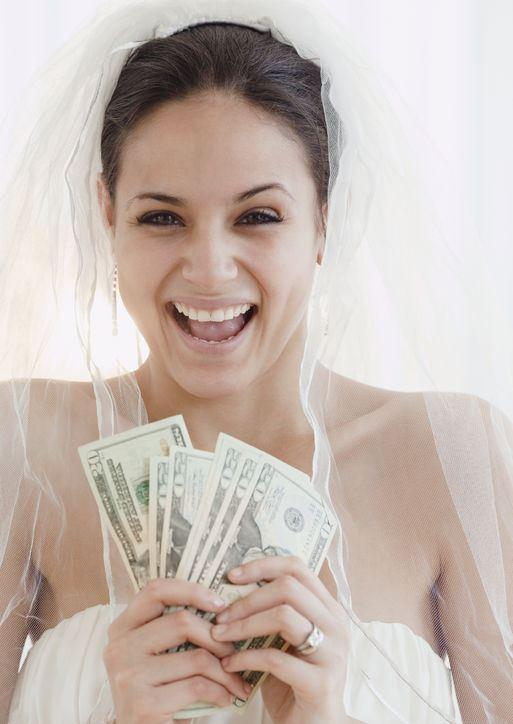 3 Small Tweaks That Will Help You Save Money On Your Wedding