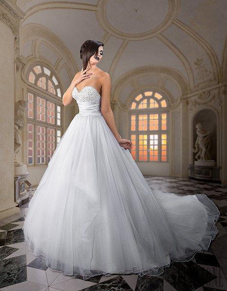Rabih Edris' 2015 Royal Bridal Collection