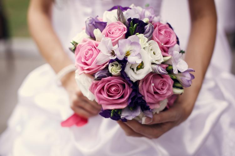 Find Out What Your Wedding Bouquet Says About You