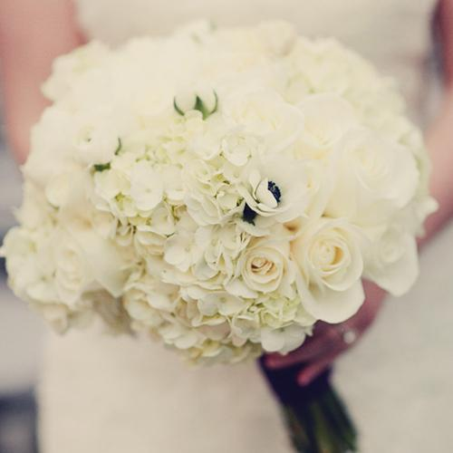 For Brides with Allergies: Fragrance Free Wedding Flowers