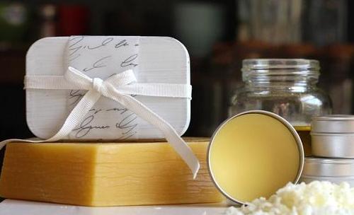 Bridal Tip: Fragrance Your Hair with Saudi Mekhmaria