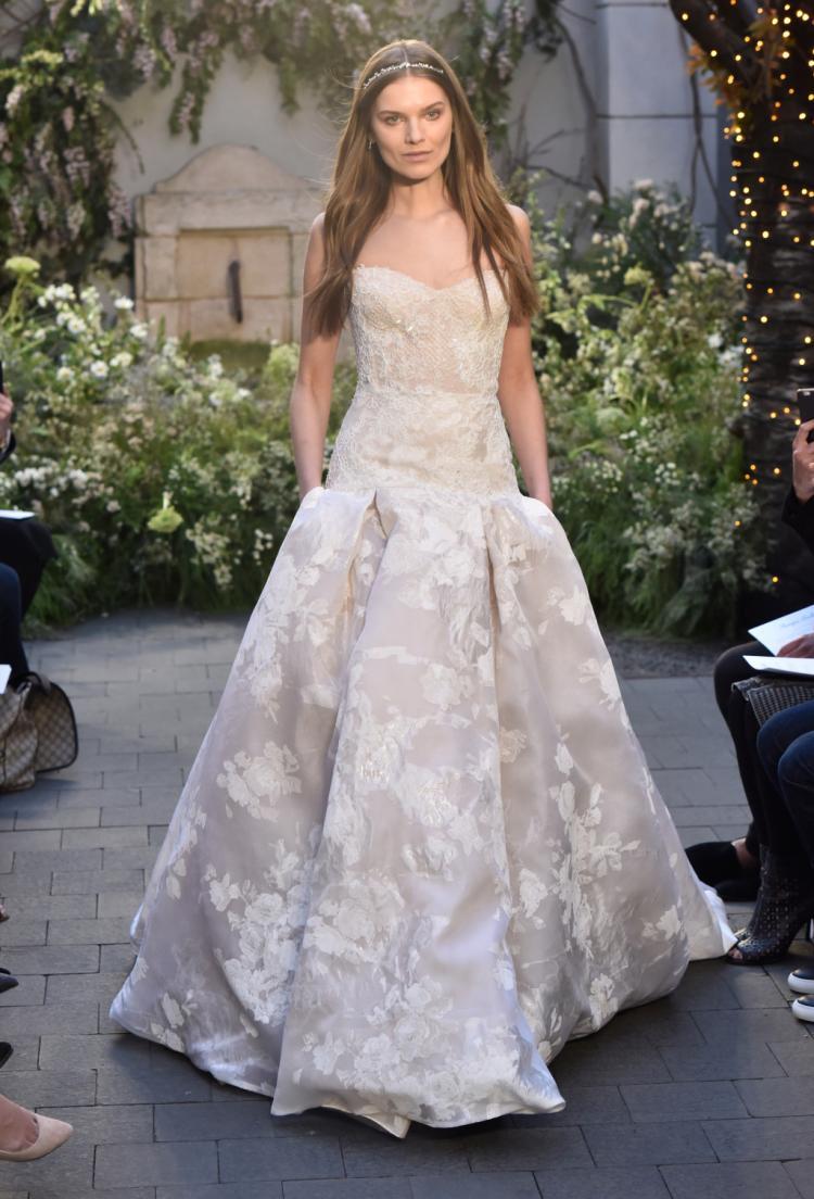Monique Lhuillier's Bridal Collection 2017