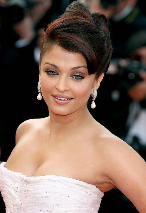 Bridal Approved Hairstyles by Aishwarya Rai