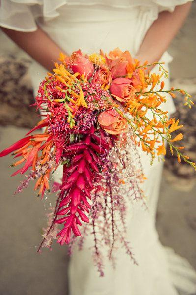 Bridal Bouquet Trend: The Tropical Bunch
