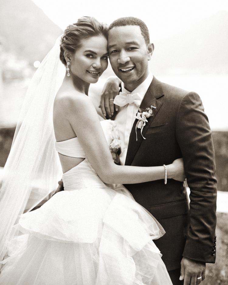 Chrissy Teigen's Wedding Planner Shares 5 Wedding Mistakes