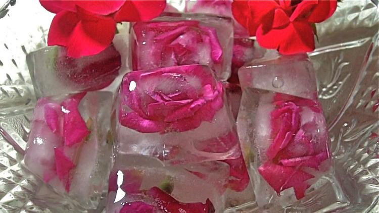 Ice Cubes for Radiant Skin at Your Wedding