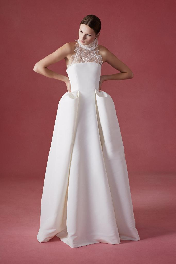The Oscar de la Renta 2017 Bridal Collection at New York International Bridal Week