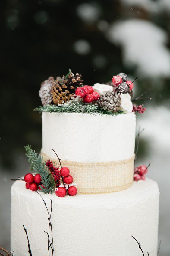 Berry Decorated Wedding Cakes For Winter