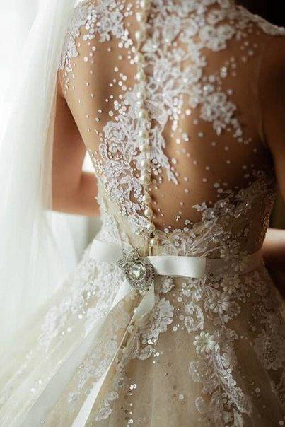 Breathtaking Buttoned Back Wedding Dresses