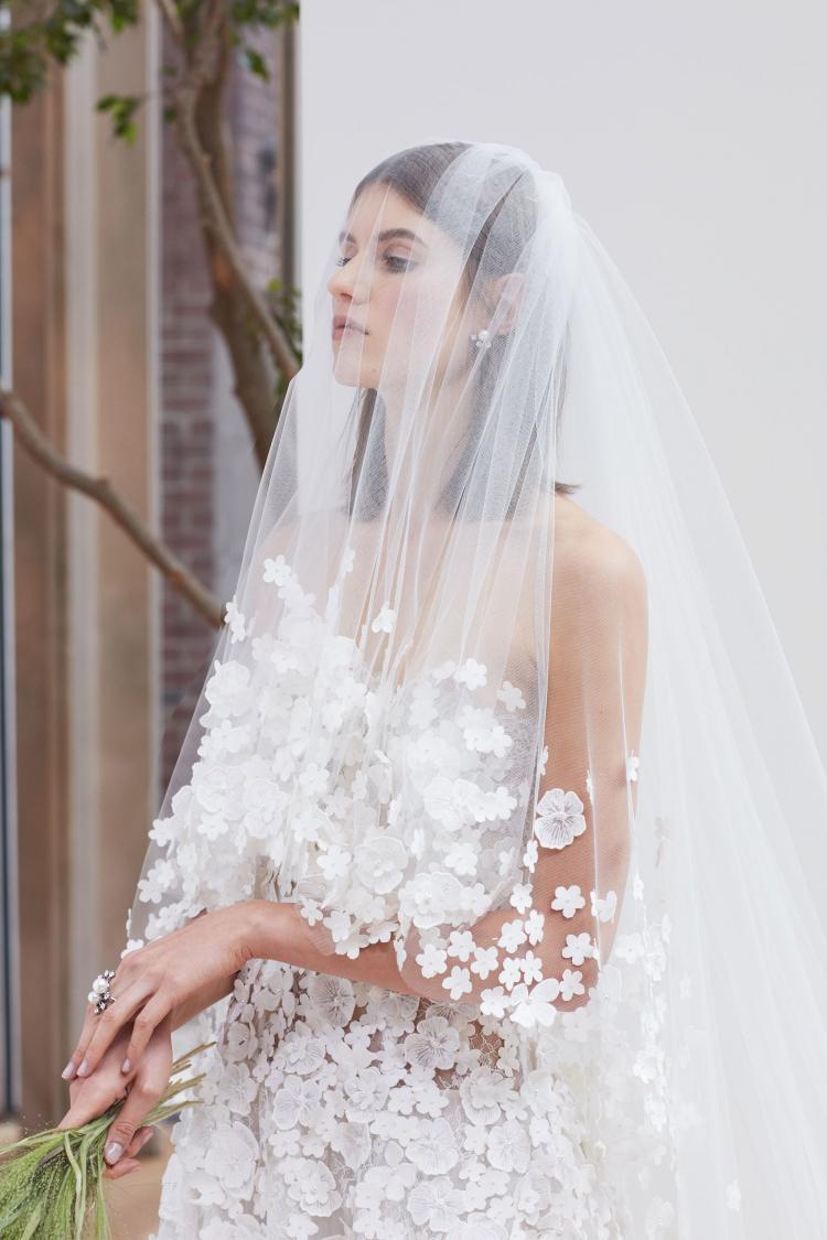 The Beautiful 2018 Spring Wedding Dresses by Oscar de La Renta