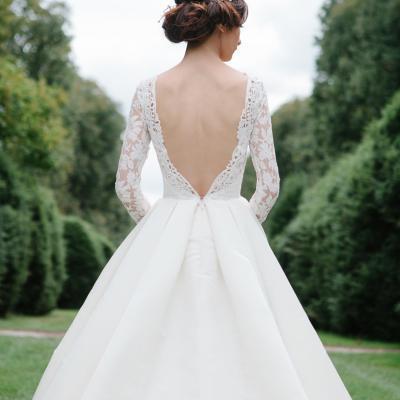 أشهر مصممي فساتين الزفاف في دبي