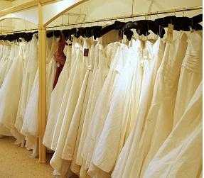 Rent, Tailor or Buy Your Wedding Dress?