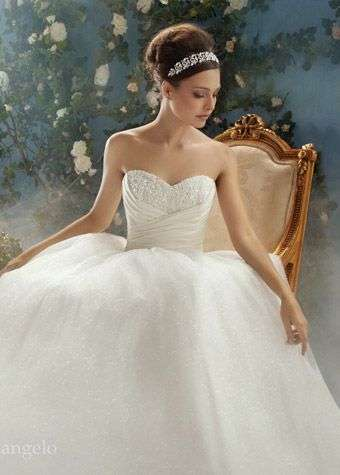 Cinderella bridal hair 2 1