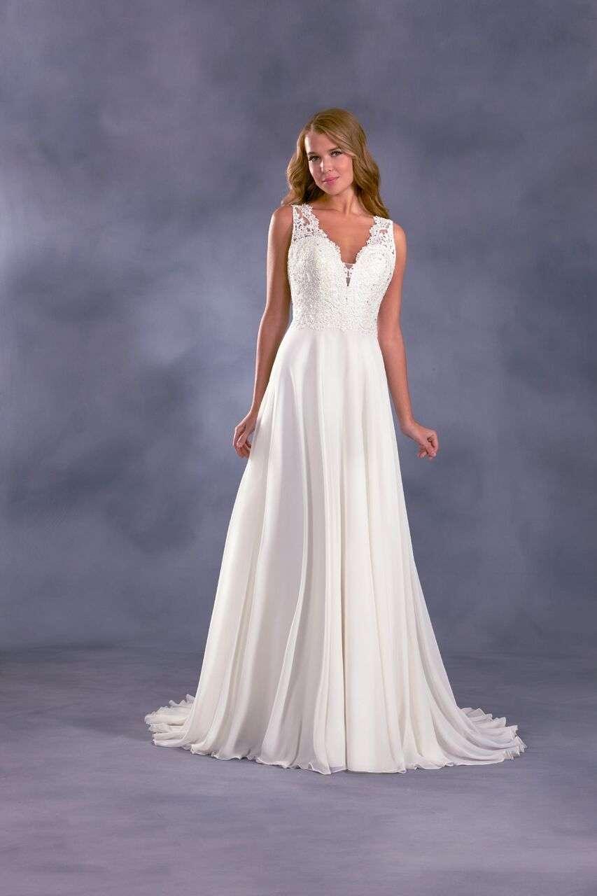 Disney Wedding Gown Collection 18 Stunning Alfred Angelo Disney Wedding