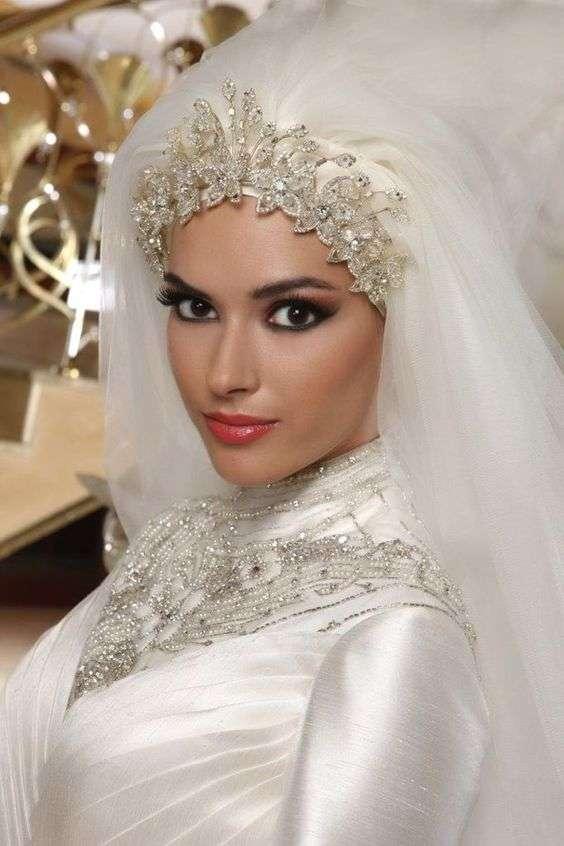 cee44ba5e7104 ... عرايس محجبات التي ستعجبك بالتأكيد. صور حجاب عروس. صور حجاب عروس