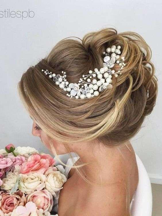10 تسريحات عرايس فخمه لعروس متألقة موقع العروس
