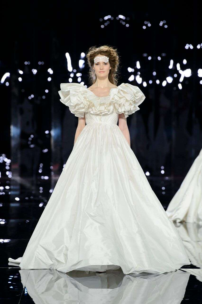 The 2019 Nicole Wedding Dresses Romeo And Juliet