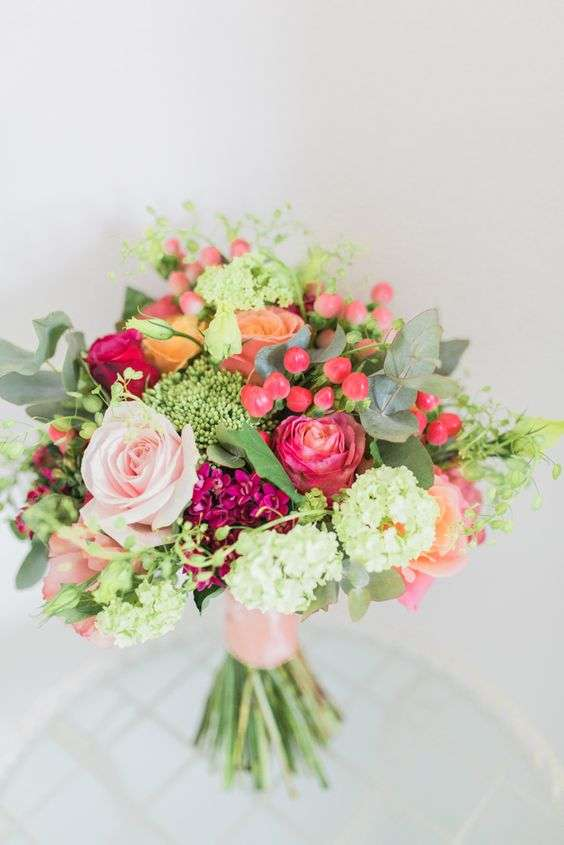 Bright And Colorful Bridal Bouquets For Summer 1