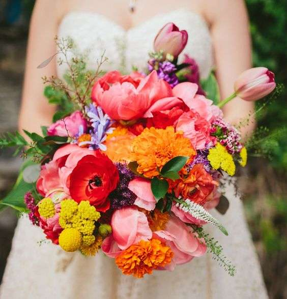 Bright And Colorful Bridal Bouquets For Summer 12