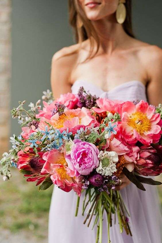Bright And Colorful Bridal Bouquets For Summer 3