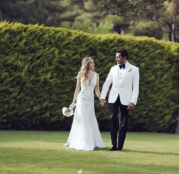 Sinem Kobal And Kenan Imirzalioglu S Wedding Arabia Weddings