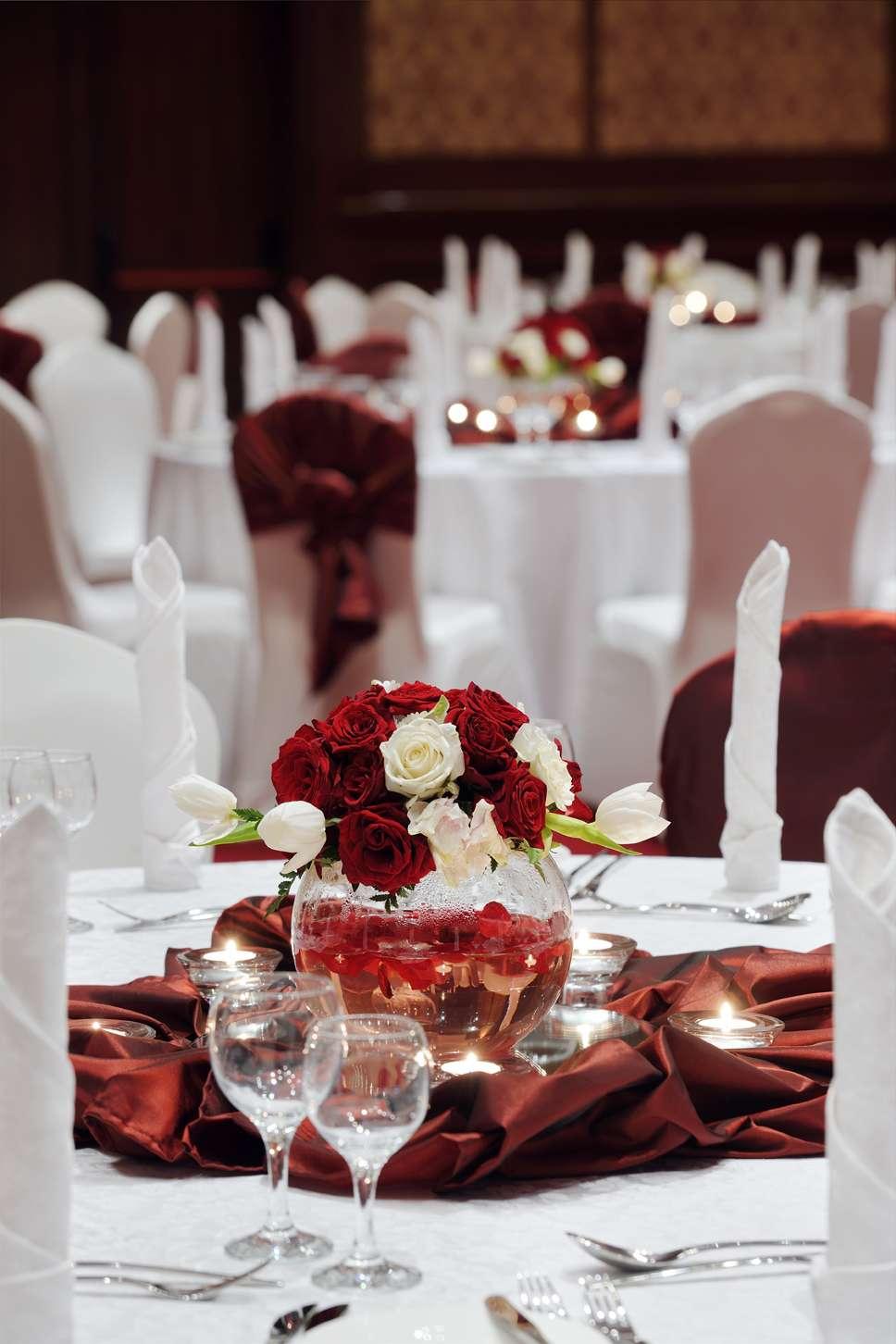 Mvenpick hotel jeddah jeddah arabia weddings contact this company now junglespirit Choice Image