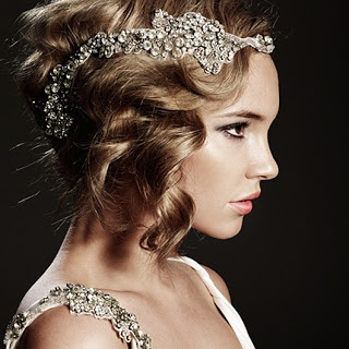 Groovy 192039S Hairstyle Trend For The Romantic Bride Arabia Weddings Short Hairstyles Gunalazisus