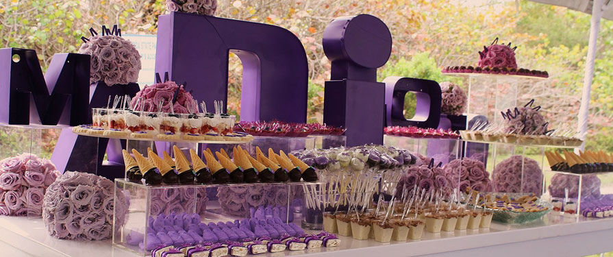 How to create the perfect dessert table arabia weddings - Tables roulantes dessertes ...