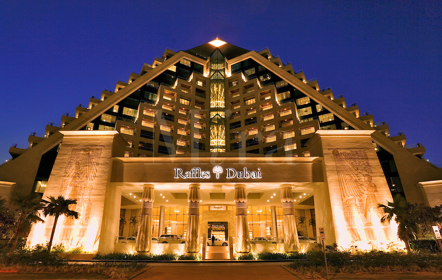 The top hotels in dubai and top hotels in abu dhabi for Best hotels in dubai for honeymoon