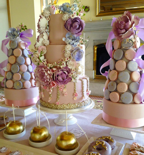 dcaa4b945ae 6 Luxury Bridal Shower Cakes by   039 Fine Cakes ...