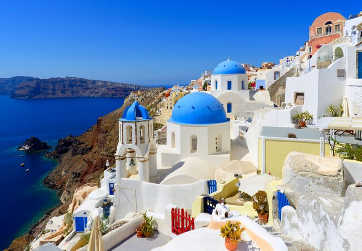 Things To Do In Santorini Greece On A Honeymoon Arabia Weddings - 10 things to see and do on your trip to santorini greece