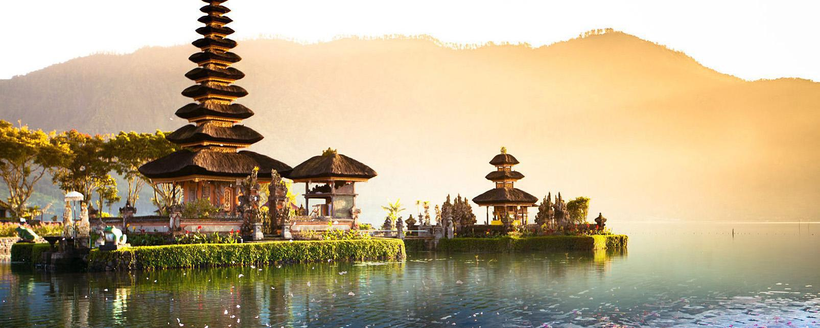 Spend Your Dream Honeymoon in Indonesia  Arabia Weddings