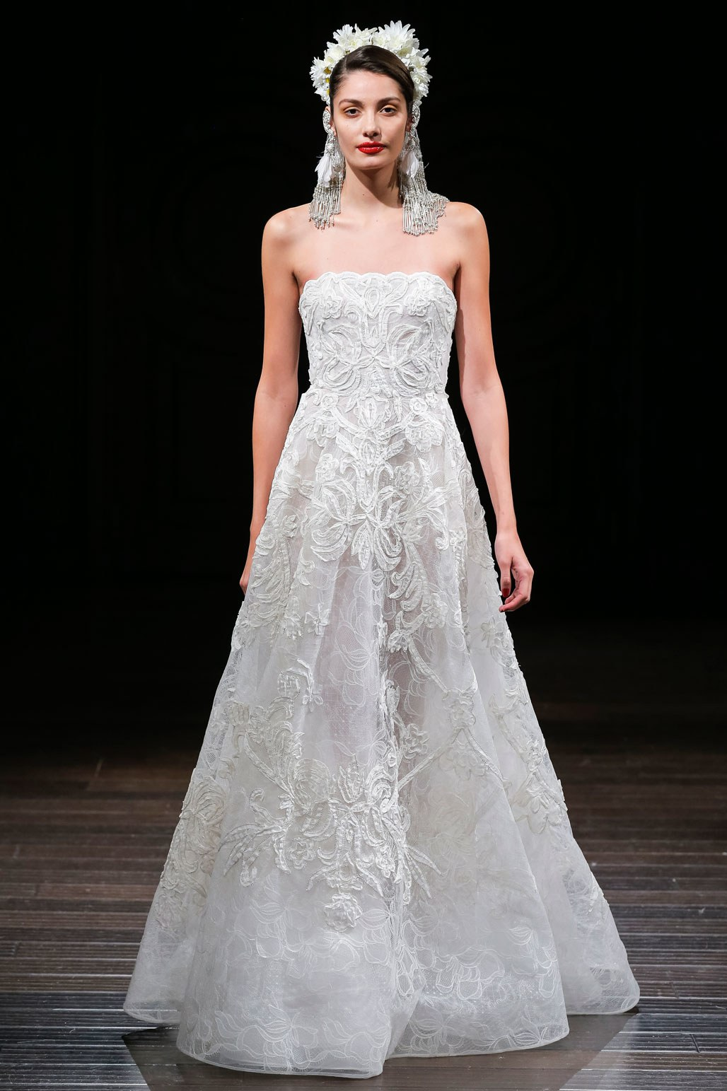 Fall 2018 Wedding Dresses by Naeem Khan - Arabia Weddings