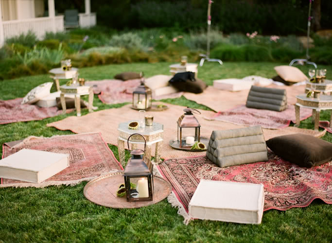 Romantic Backyard Picnic Ideas : Here are a few ideas we love for a Garden Wedding