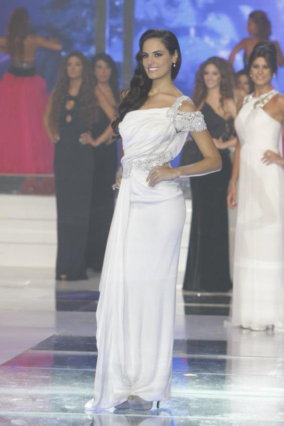 Steal Your Engagement Or Wedding Look From Miss Lebanon
